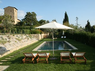 Torre di Sopra Tower with Cottage and Pool