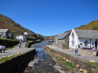DBOSC Cottage in Boscastle