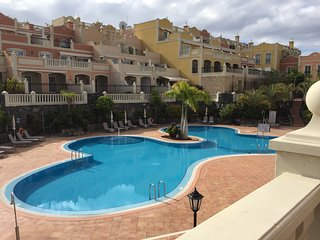 TRIPLEX LUXIOURY APARTMENT in PALM-MAR with private solarium and fantastic view