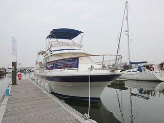Motor Yacht Calypso, Poole