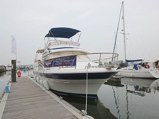 Motor Yacht Calypso