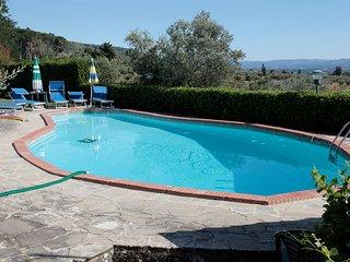 Villa Valentini - Charming farmhouse with pool and tennis court, Pian di Sco