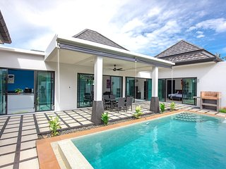New Wonderful 2 Bedrooms Pool Villa