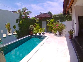 Seminyak designer villa with pool, Kerobokan