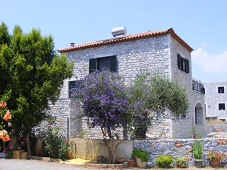 Stone House Garden Apartment, Stoupa