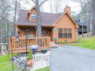 Metts Bear Den, Pigeon Forge