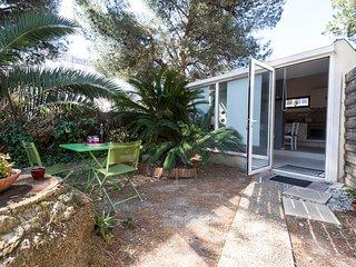 Villa avec jardin, parking proche de la mer.