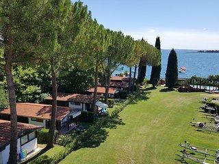 Chalet Rio - Residence Villalsole, San Felice del Benaco