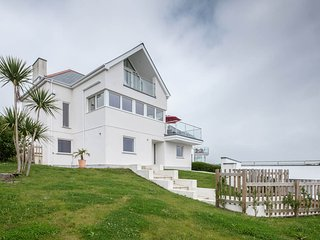SKYSAIL Mevagissey Detached Stunning Contemporary House - 180° Sea Views