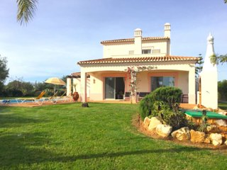 Villa Crasto: Luxurious villa for 6 with private pool, Estombar