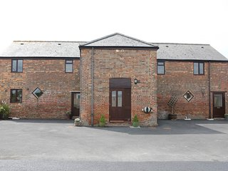 The Granary, Bramble Farm Cottages - Sleeps 6