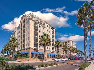 Wyndham Oceanside Pier - Friday, Saturday, Sunday Check Ins Only!