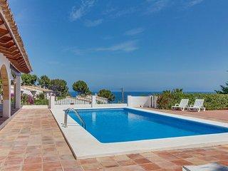 Villa Cala Pinets, Villa con Piscina y Vistas al Mar