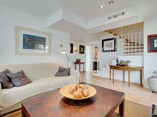 Apartamento La Siesta, Bonito Apartamento con Piscina