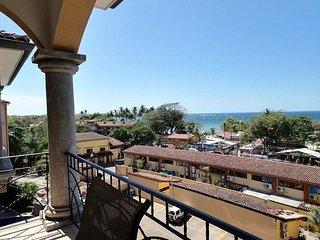 Tamarindo Sunrise 48 Ocean and beach views 100 meters to beach