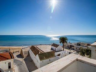 T2 Fortaleza - con vistas al mar y la playa de Pera, 50m de la playa