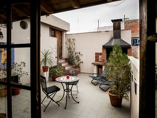 Unique Roof top Loft with huge sunny terrace & BBQ