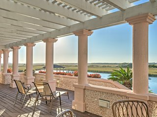 NEW! 4BR Wrightsville Beach House w/ Private Pier!