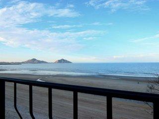 Amazing Beach view Modern style ocean side condo, San Felipe