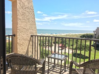 Top Floor Island Club Condo, Great Ocean Views - Sun, Sea, Sport, Serenity., Hilton Head
