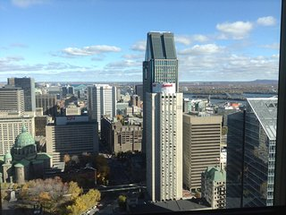 Prestigious New Condo at Tour Des Canadiens (Downtown Montreal)