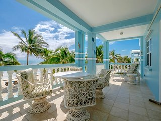 C2 Beachside With Large Veranda!