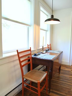 Tabel pulls out and dining for four comfortably. High chair is available for your use.