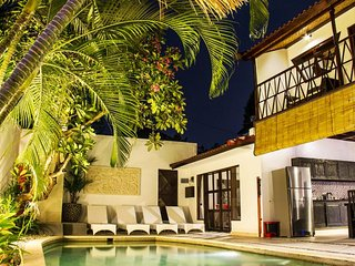 Spacious 6 Bedroom Villa on Central Seminyak
