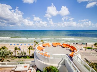 Hilton Ft. Lauderdale Beach Resort- Private Condo 1BD DBL Queen W/ Ocean View!