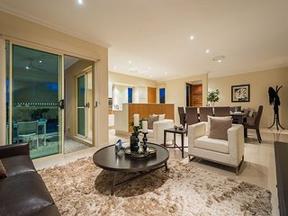The Corso Family Holiday Home, Surfers Paradise
