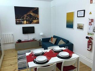 Oporto Sun - Trindade - Charming ground floor apartment In downtown Porto