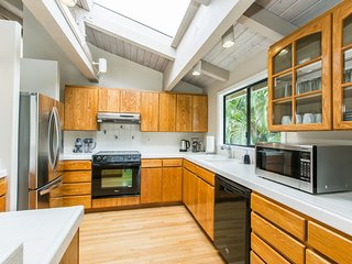' Tropical living, Private home, Upscale Princeville, Laidback casual, Nui Lani