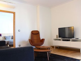Canella Brown apartment in Campo de Ourique with WiFi, air conditioning & lift.