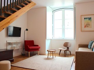 Cicely Duplex apartment in Baixa/Chiado with WiFi, airconditioning & lift.