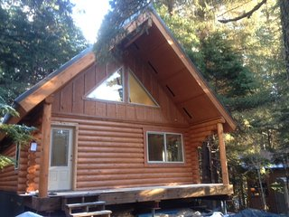 "Alyeska Hideaway Vacation Rentals ""Placer Cabin"", Girdwood"