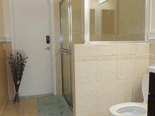 little catle 3 bedrooms 3 baths & heated pool