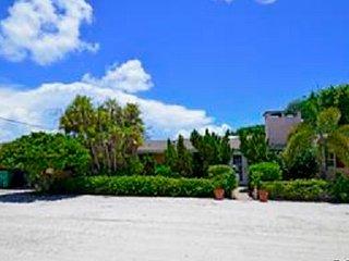 Homes-1240 12th Street W. ~ RA128554, Boca Grande