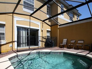 Mickey`s Villa- Beautiful  Townhouse with Private Splash Pool and Resort