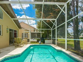 Villa Loretta: Southern Dunes Pool Home with Community Amenities ~ RA91570, Haines City