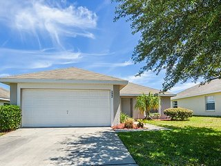 The Pines at Florida Pines - Pool Home with Updated Furniture ~ RA91568, Davenport