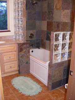 Paradise Point-Ground Level Master Bathroom