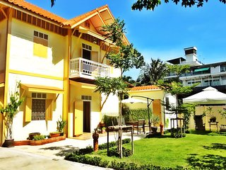 Private Pool Villa Garden_Best Stay for Big Groups in Central Bangkok (24 pax)