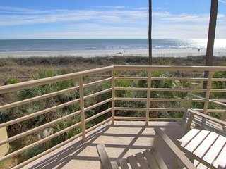 Oceanfront Updated Villamare in Palmetto Dunes, Hilton Head