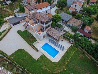 Renovated Villa Valentina with Pool in Istria near city of Porec, Funtana