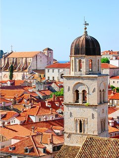 Dubrovnik Old Town, UNESCO world heritage is a pleasant 15-minute promenade.