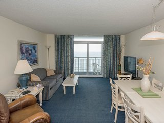 Luxury Ocean Front Condo on the 15th floor ( 1-Bed, North Myrtle Beach