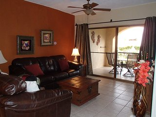 Gorgeous Princesa Oceanview 2 bed, 2 bath condo, Puerto Penasco