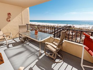 SD 207: HUGE Gulf front with 32 ft balcony, WIFI, GOLF, BlueRay & MORE!