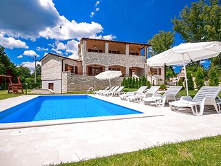 Comfortable Villa Vernier with Pool in Central Istria, Kringa