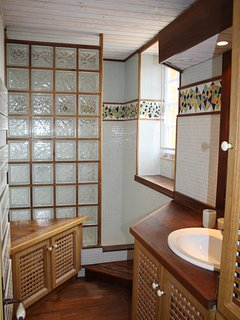 The shower room on the first floor